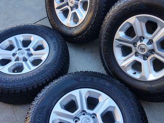 "17"" Toyota Wheels Yokohama Tires 255/75/17 Like NEW......... for Sale in Gardena,  CA"