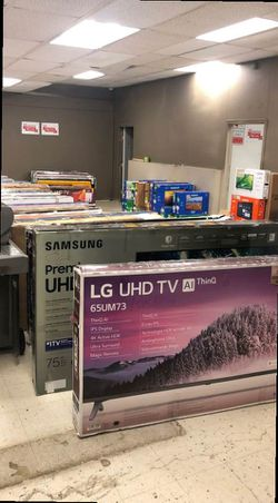 Tv liquidation W50I for Sale in Houston,  TX
