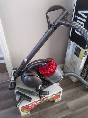 Dyson Big Ball Canister Vacuum (Firm on Price) for Sale in Gardena, CA