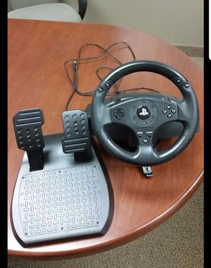 Ps4/Ps3 THRUSTMASTER T80 RACING WHEEL for Sale in Charlottesville, VA