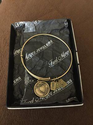Bracelet for Sale in Spring Valley, CA