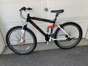 Brand new mountain bike size wheel 27.5 aluminum frame for Sale in Westbury, NY