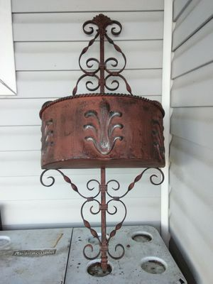 36 /18 inches wide wall sconce flower pot 20 piece for Sale in Pinellas Park, FL
