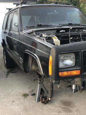 1998 jeep Xj parts only for Sale in Marina del Rey, CA
