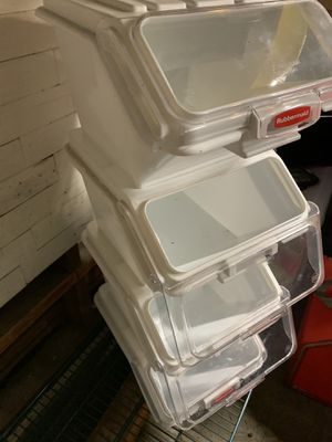 Rubbermaid Storage Containers for Sale in SeaTac, WA