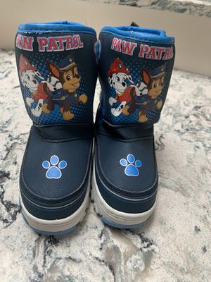 Kids Boys Paw patrol Winter Snow boots size 7 Good used condition for Sale in Dix Hills, NY