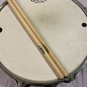 Side drum with sticks in good condition for Sale in Chandler, AZ