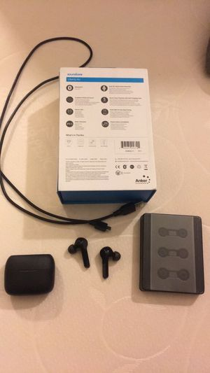 Soundcore Bluetooth earbuds for Sale in Davenport, IA