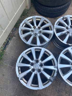 Set of 4 rims Lexus IS with Tps and Lexus caps for Sale in Wood Dale, IL