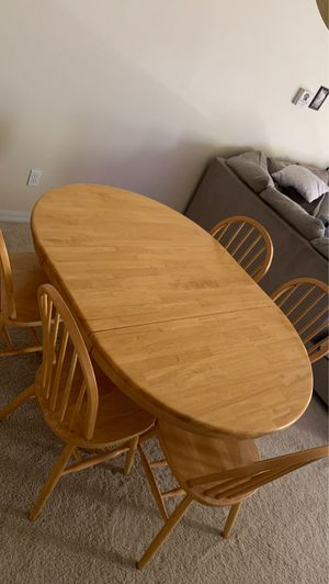 Dining Table - Very Good Condition! for Sale in Orlando, FL