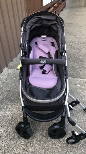Chicco urban stroller lightly used for Sale in Montesano, WA