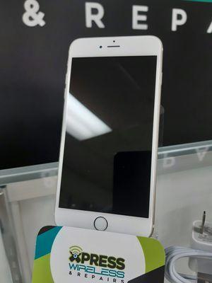 iPhone 6 64 GB - Factory Unlocked - Excellent Condition - SOMOS TIENDA for Sale in Doral, FL