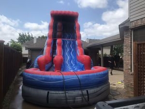 24 ft tall 35 ft long for Sale in Cedar Hill, TX