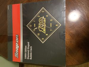 Snap on tools 100th anniversary clock for Sale in Chicago, IL