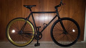 "Black/Gold Authentic ""Pure-Fix"" Fixie Single-Speed Bike Large Size 58 In Excellent Condition 10/10. for Sale in Los Angeles, CA"