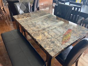 Dining Table Set for Sale in Chicago, IL