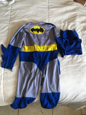 2T-3T Batman toddler costume for Sale in Palmdale, CA