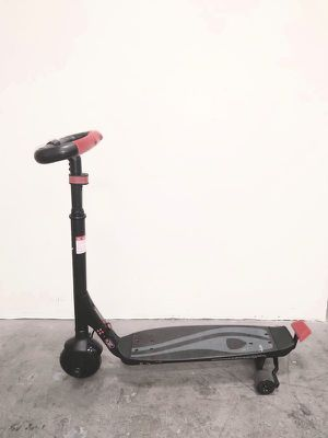 Rollplay 24 Volt Electric Scooter Patineta Juego Wave Catcher Electric Scooter W301-AC for Sale in Miami, FL