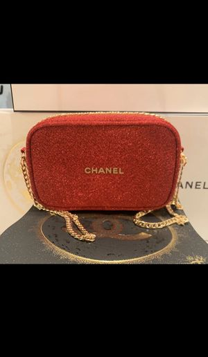 CHANEL RED/GOLD CROSS BODY BAG w/ CHAIN /NEW/ Great holiday Gift for Sale in Stamford, CT