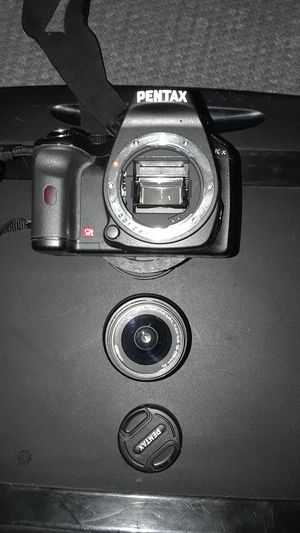 Pentax Digital Camera with 52mm circular polarizer for Sale in St. Louis, MO