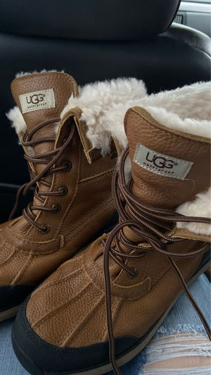 Men ugg boots 9 1/2 for Sale in Everett, WA