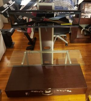 *** TV STAND Z-LINE FLAT PANEL WITH SWIVEL MOUNT *** HIGH QUALITY for Sale in Los Angeles, CA