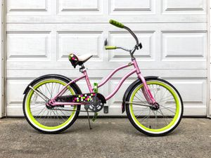 20 Inch Huffy Cranbrook Girls' Cruiser Bike for Sale in Queens, NY