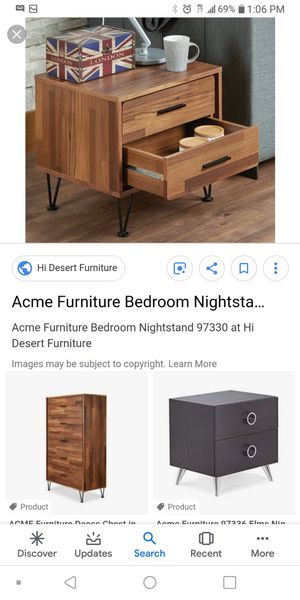 End table or nightstand for Sale in Columbus, OH