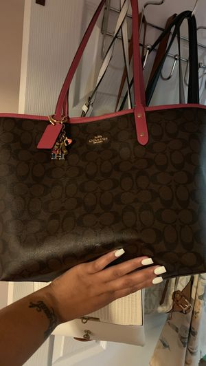 Authentic Coach Tote Bag for Sale in Hazelwood, MO