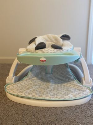 Fisher-Price Deluxe Sit-Me-Up Floor Seat with Toy Tray for Sale in Mebane, NC