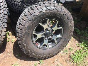 Jeep wheels and tires for Sale in Liberty Hill, TX