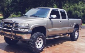 2002 Chevrolet Silverado$1000** has a clean title asking or best offer thanks ** for Sale in Birmingham, AL