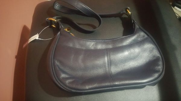 New with tags genuine leather Etienne Aigner hobo shoulder bag double gold zippers
