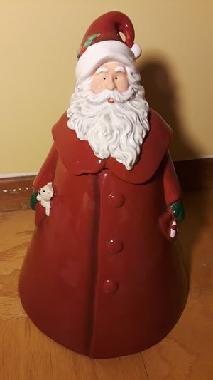 RARE RAE DUNN SANTA COOKIE JAR CANISTER for Sale in Brea, CA