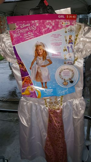 Rapunzel princess costume for Sale in Conroe, TX