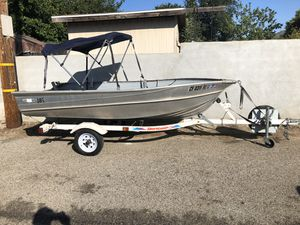 12 foot Aluminum fishing boat for Sale in Los Angeles, CA