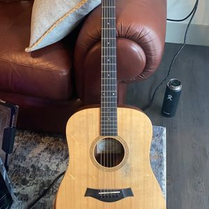 Taylor 10e - acoustic/electric for Sale in Dallas, TX