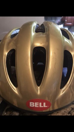 Bell helmet for Sale in Chicago, IL