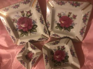 Floral Mid-Century Dresser Trays/China Vintage Antique for Sale in Cincinnati, OH
