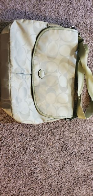 Coach green messenger bag for Sale in Chula Vista, CA