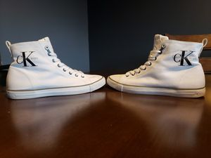 Casual white sneaker Calvin Klein & Gucci shoes for Sale in Germantown, MD