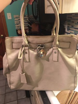 Michael Kors Bag for Sale in Pittsburgh, PA
