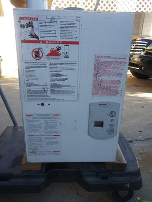Bosch tankless water heater for Sale in La Verne, CA