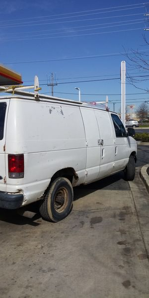 Ford 350 Diesel 1998. for Sale in Clinton, MD