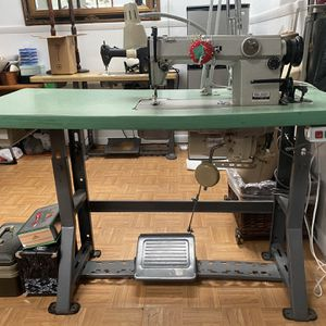 Máquina Industrial JUKI Recta for Sale in Miami, FL
