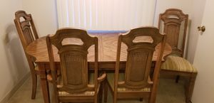 Dining/kitchen table and chairs for Sale in Castro Valley, CA