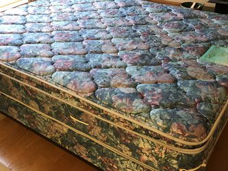 PRICE REDUCED : Clean and Comfy Double Pillowtop Queen Size Englander Mattress with Matching Boxspring and Sturdy Metal Frame for Sale in Kirkland,  WA