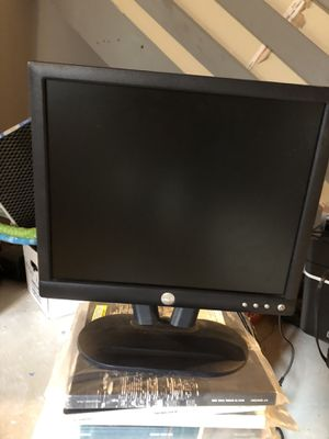 "17"" Dell Computer Monitor for Sale in Delaware, OH"