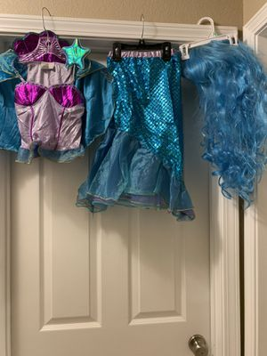 Mermaid costume with wig and wand size medium. $15 for Sale in Kingsburg, CA
