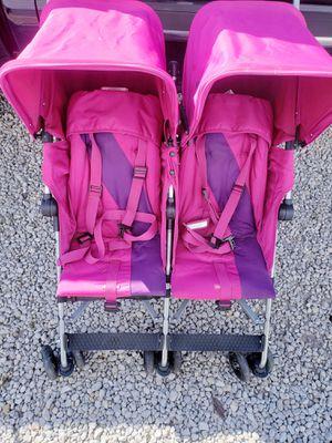 Double stroller for Sale in Granite City, IL